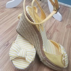 American Eagle Outfitters Shoes - American Eagle wedges (yellow stripes)